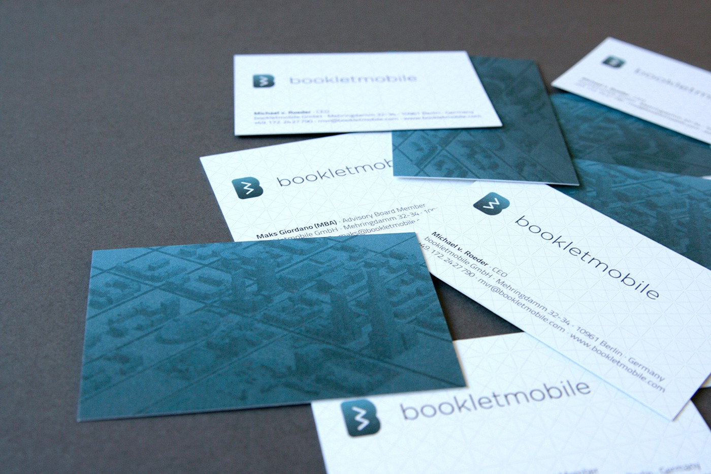 Bookletmobile by upstruct
