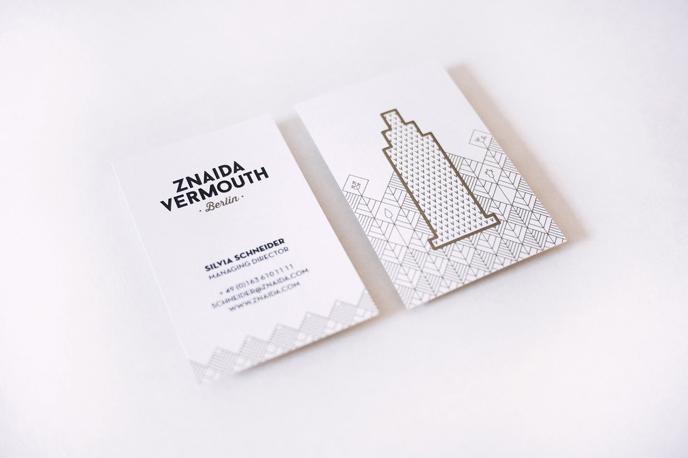ZNAIDA vermouth design by upstruct